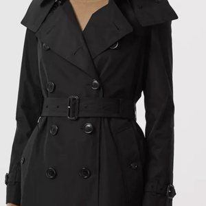 BURBERRY Trench Coat with Detachable Hood size 6